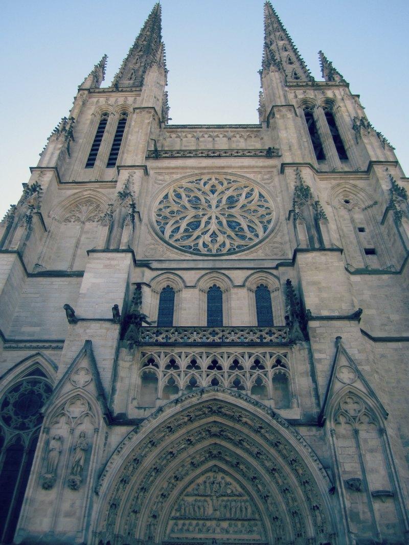 { Cathédrale Saint André }