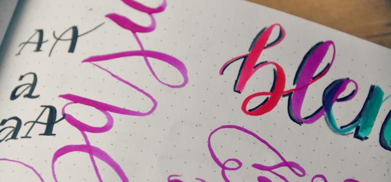 Caligrafia: em busca de letras bonitas
